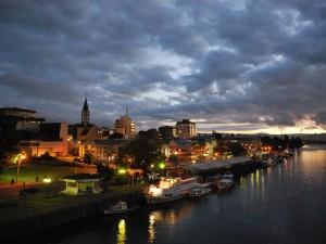 Valdivia, donde se baña la Luna…
